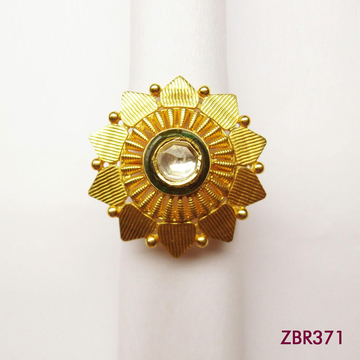 ZBR371