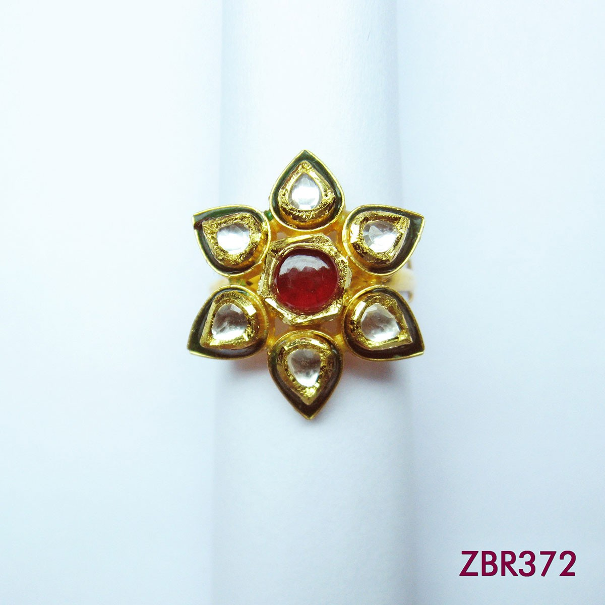 ZBR372